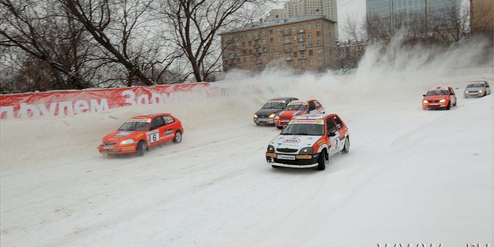 Команда Московского Феррари Клуба Серебряные призеры Гонки Звезд За рулем!